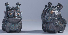 Replica bronzeware offered in Shaanxi History Museum blind boxes