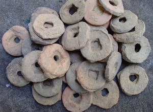 Clay wuzhu coins (泥五铢) unearthed from a Han Dynasty grave